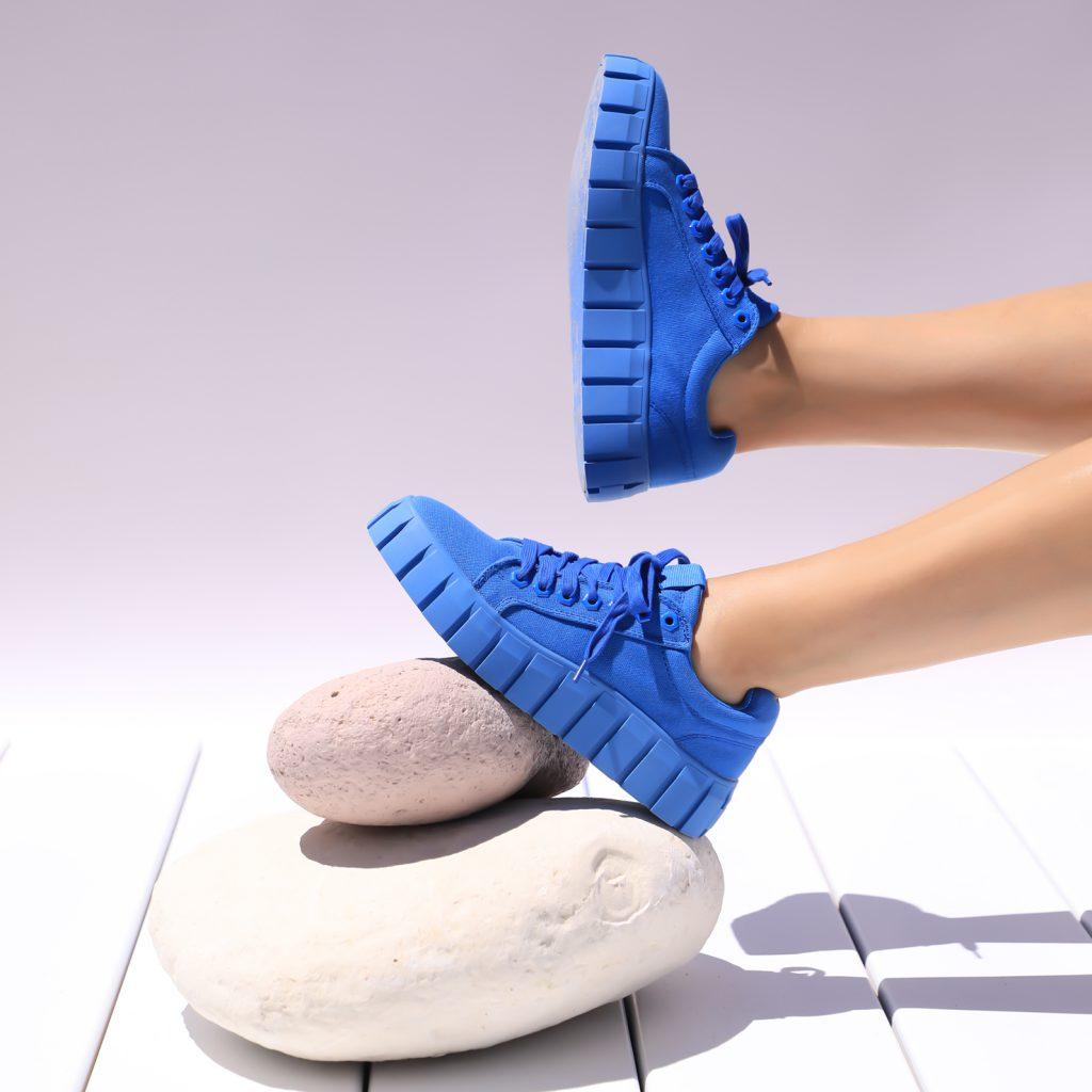 Ultimate Sneakers